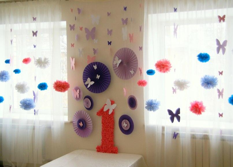 Украшение комнаты из ткани своими руками 63